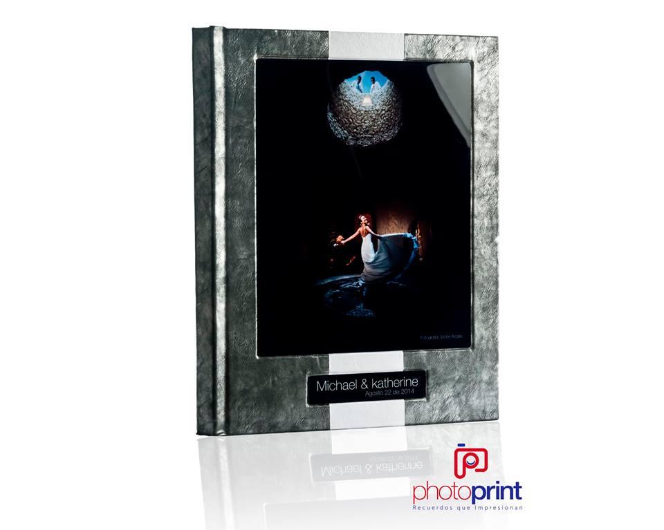 Cuero combinado con Foto Metal y placa metal