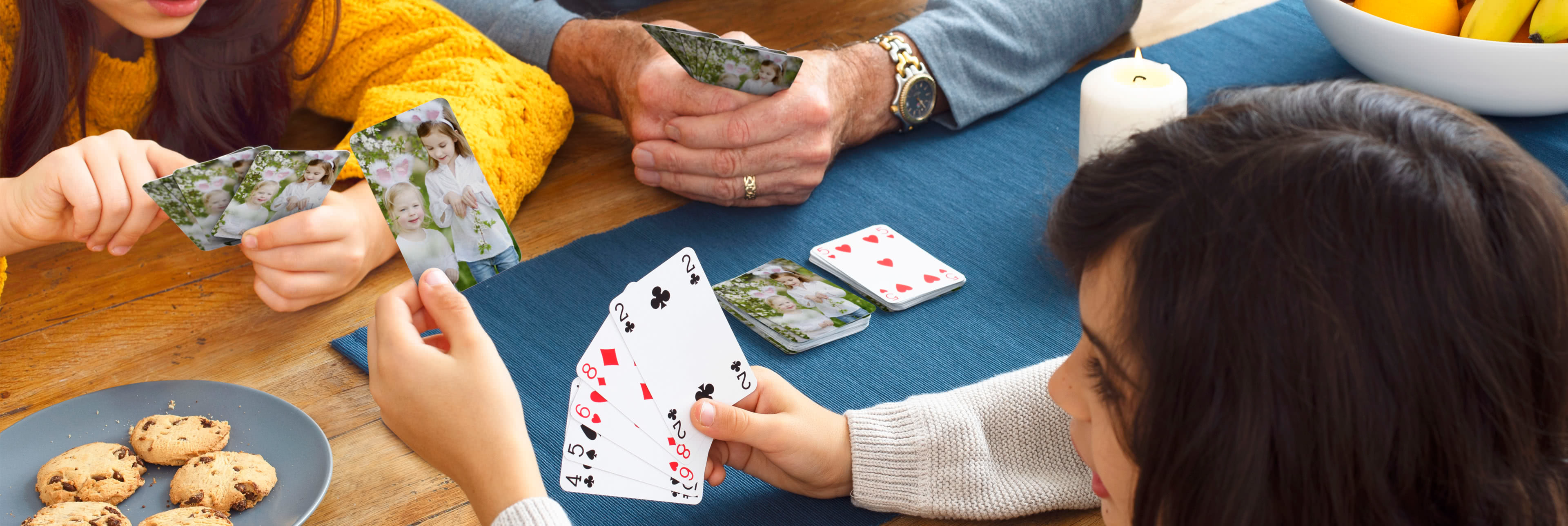 7a15a003ae16002b06335bc6532cc8002ef5cac9_Personalised-Playing-Cards-lifestyle-3_1-3840-@2x